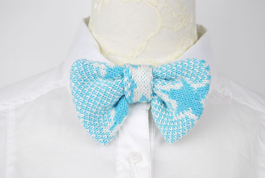 knitted bow tie in star pattern: baby blue star